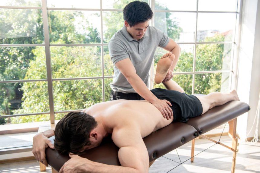 Jak wybrać odpowiednie łóżko rehabilitacyjne? – poradnik